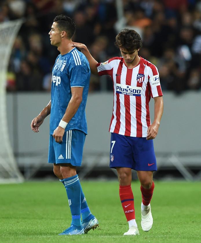 Ronaldo met João Félix.