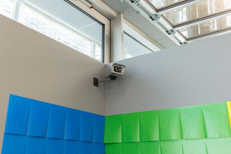 De keramieken beveiligingscamera. Beeld Franz Mueller Schmidt