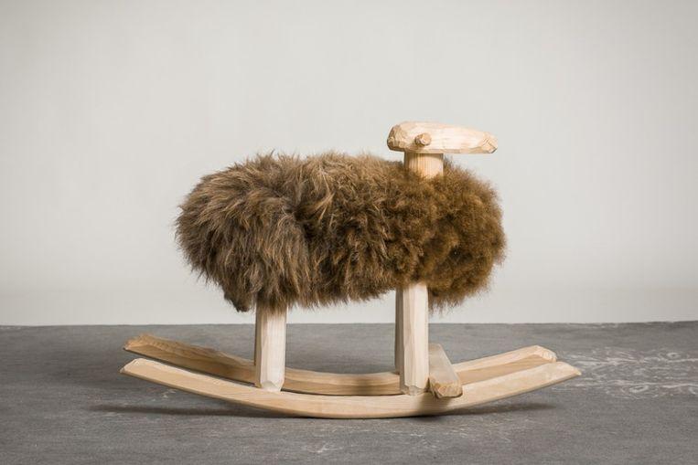 Schommelpaard Max. Richtprijs: 219,45 euro.