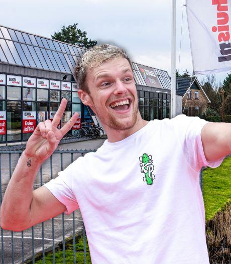 Vlogger Enzo Knol shopt uitgebreid bij woonwinkel in Ter Aar, Zitmaxx krijgt tik op de vingers van gemeente