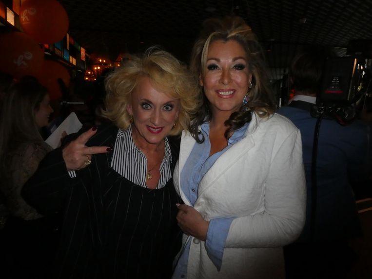 Diva Karin Bloemen en organisator Betty de Groot: