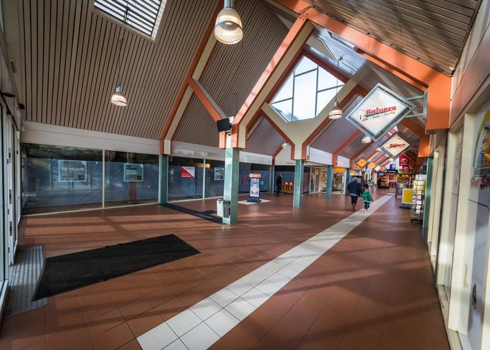 Winkelcentrum 't Stroink wordt gerenoveerd.