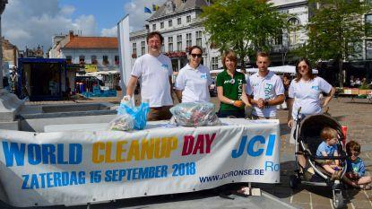 Vrijwilligers ruimen samen de stad op