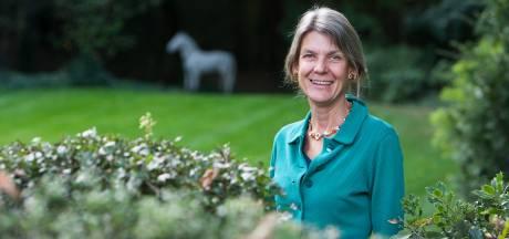 Evelien van Dort is ook na 80ste kinderboek nog lang niet uitgeschreven: 'Er zitten voortdurend verhalen in mijn hoofd'