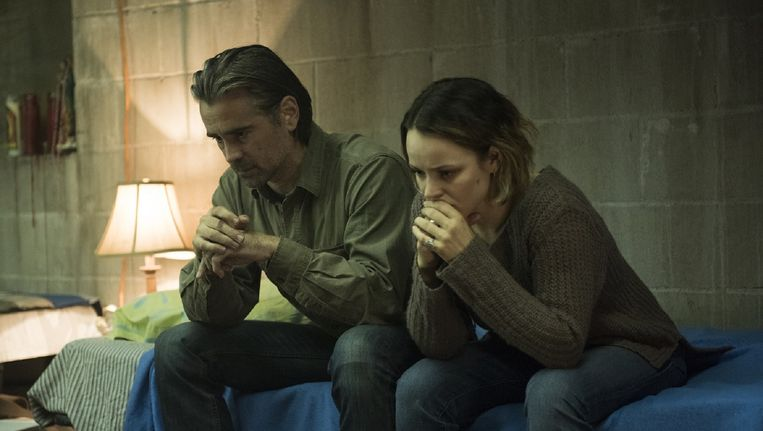 Colin Farrell als Ray en Rachel McAdams als Ani. Beeld HBO