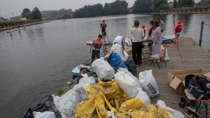 1,5 ton vuilnis uit Oude Dokken gevist