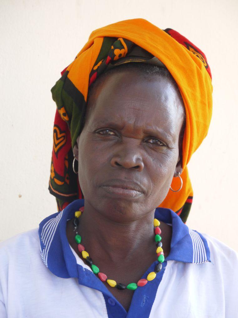 Esther Misiwa, 62, heeft duizenden meisjes besneden.    Beeld Ilona Eveleens