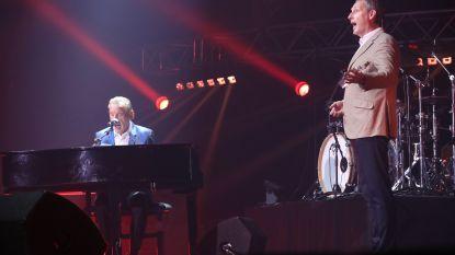 Will Tura verrast Gert Verhulst met zijn lievelingsnummer op de Story Showbizz Awards