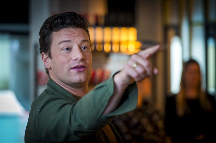 Jusqu'au bout, Jamie Oliver a essayé de sauver les meubles, en présentant par exemple ses livres de recettes à succès dans ses restaurants. En vain.