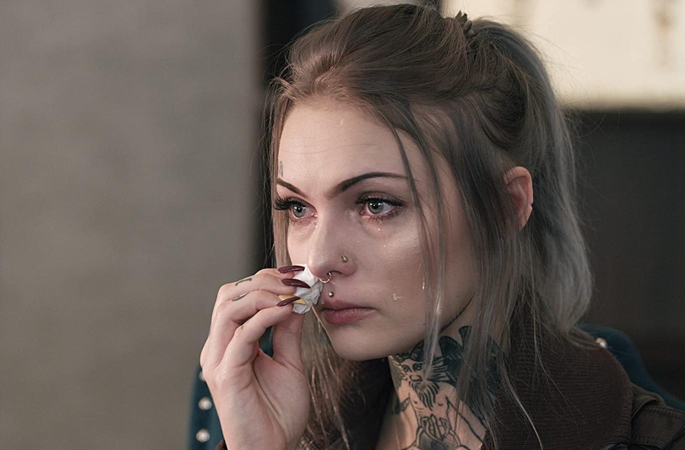 In 'Audrie & Daisy' beweerde ze dat ze in januari 2012 op 14-jarige leeftijd op een feestje werd aangevallen door Matthew Barnett, toen een 17-jarige jongen die zwaar onder invloed zou zijn geweest.