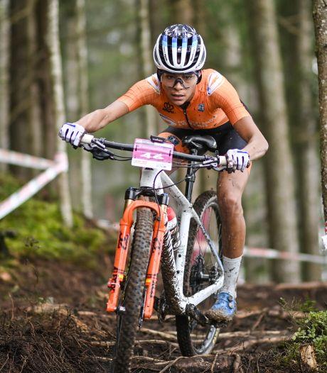 Brons voor Alvarado bij beloften op WK mountainbike
