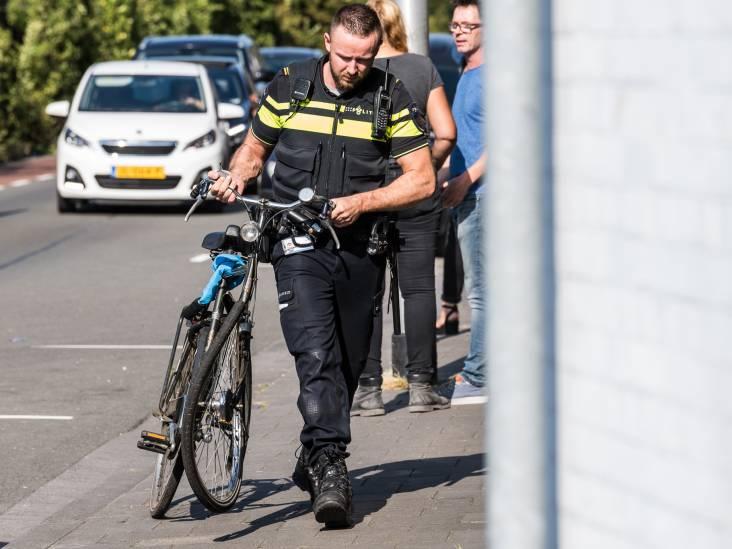 Drie fietsers ernstig gewond bij botsing op fietspad in Tilburg