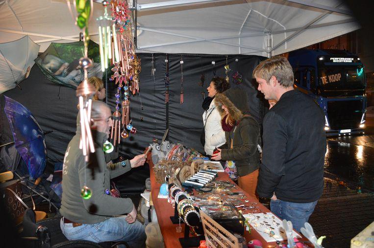 Er was ook een kerstmarkt met verschillende standjes.