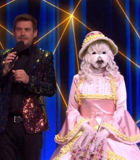 1,6 miljoen kijkers zien welke BN'er in het hondenpak zingt