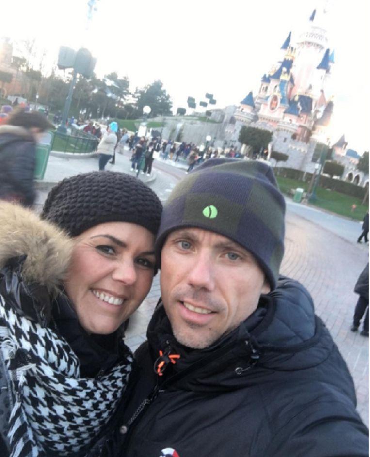 Sven Nys en zijn vriendin Ann Van den Eynde in Disneyland Parijs.