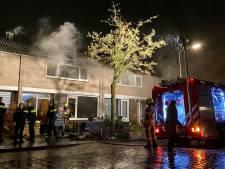 Veel schade bij woningbrand in Arnhem