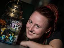 Sarina bedenkt en maakt pocket terra's: 'Eigenlijk ben ik zelf ook een enorme geek'