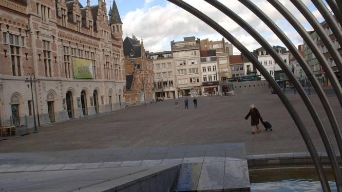 """Duo terecht voor steekpartijen in Kortrijkse binnenstad: """"Op nippertje nieren gemist"""""""