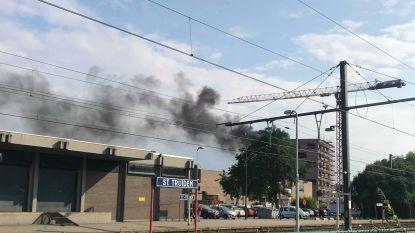 Grote rookpluim bij brand in Sint-Truiden