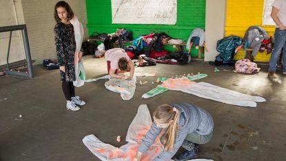 Kinderen experimenteren met kunst en wetenschap