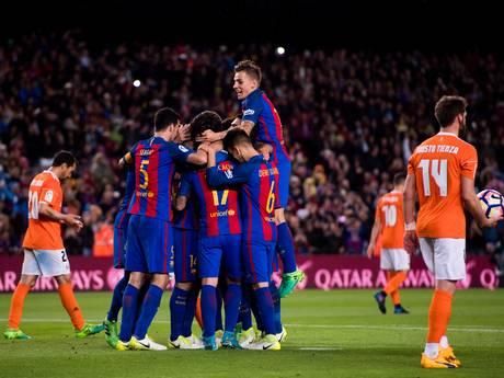 Barça houdt druk op Real na monsterzege op Osasuna