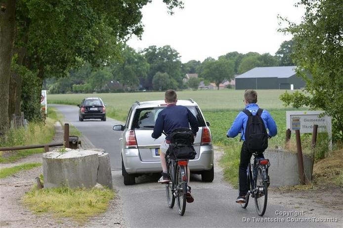 De grensovergang in de Balderhaarweg blijft open, tot opluchting van veel grensbewoners.