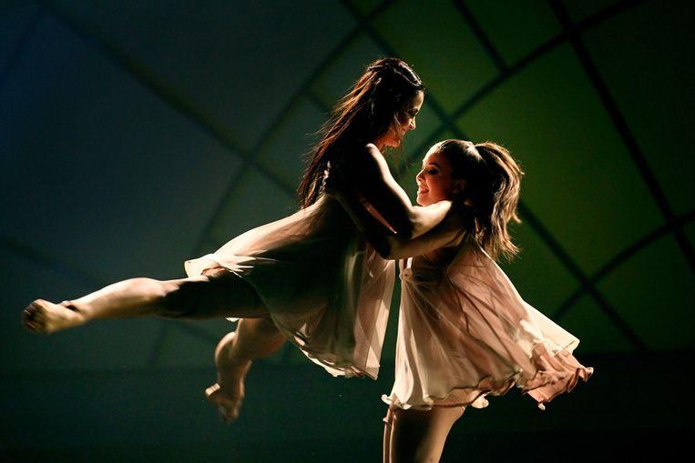 Anna (l) en Nina. Beeld anp