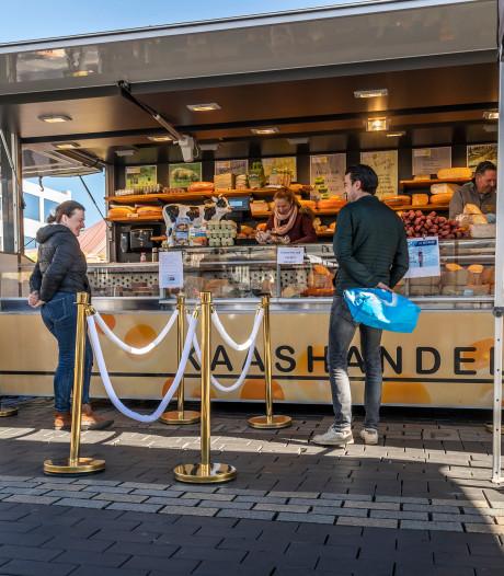 Weekmarkt in Helmond: afstandelijker én vriendelijker