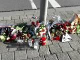 Gemeente laat herdenkingsbloemen in centrum Breda voorlopig liggen