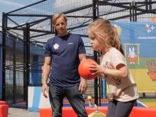 Sporten op het dak van het WKZ: Epke Zonderland zet zich in voor zieke kinderen