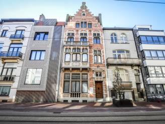 Zelfs vanuit Nederland protest tegen sloop van herenhuis in Blankenberge, maar het komt te laat