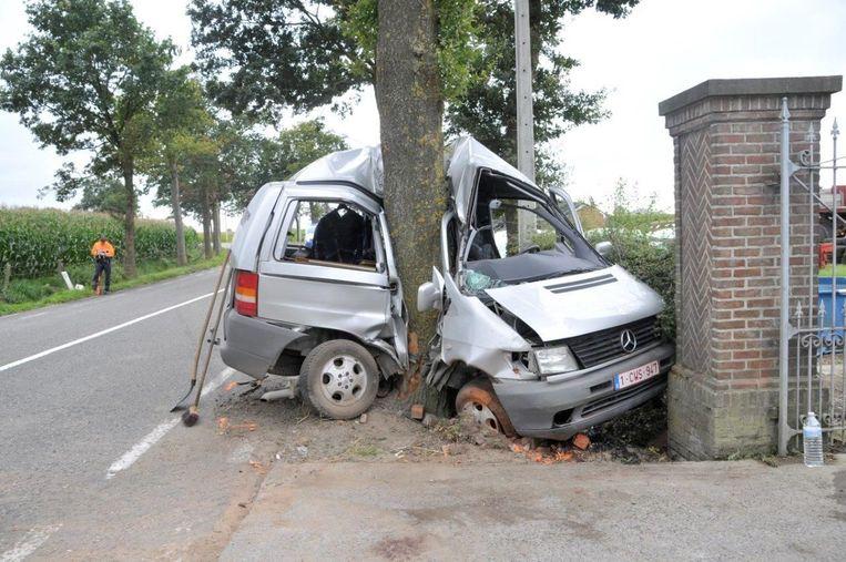 Gwijde Provijn liet in 2012 het leven na een botsing tegen een boom in de Lotenhullestraat in Vinkt.