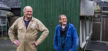 Tweeling (69) samen 100 jaar tussen de duiven in Oirschot