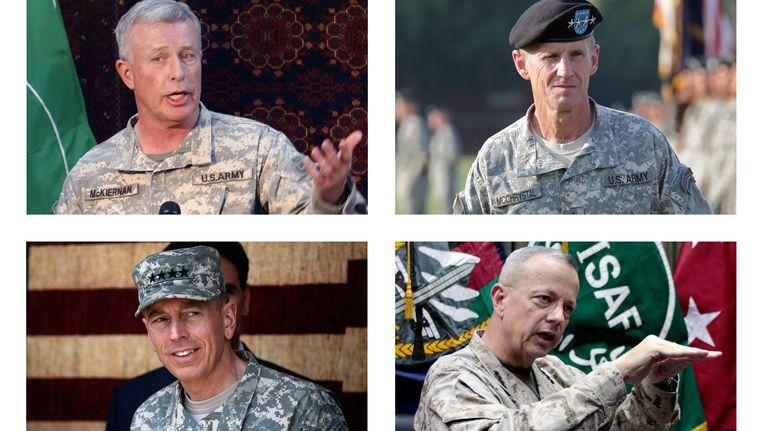 Boven vlnR: Generaals in Afghanistan David McKiernan en Stanley A. McChrystal, Beneden David Petraeus (l.) and John Allen. Beeld AP