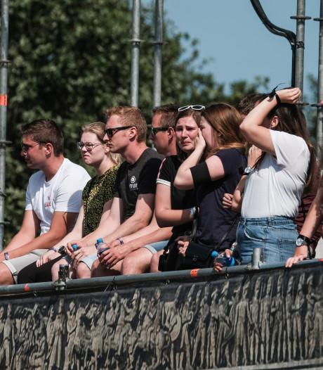 Indrukwekkende rouwronde voor op Zwarte Cross overleden Boet (18) uit Vragender