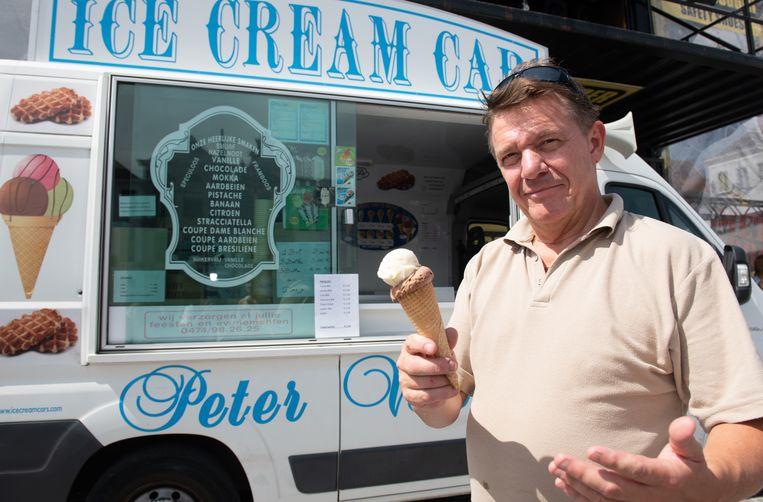 Peter Verlinden verkoopt lekkerste ijsjes van Oudenaarde.