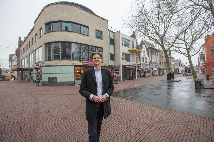 Winkelwerver Edward Buitelaar in het centrum van Helmond.