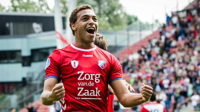 Cyriel Dessers staat bij Utrecht alweer aan het kanon