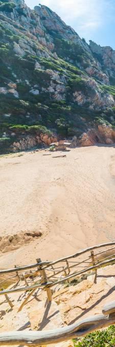 Des touristes français risquent la prison pour avoir volé du sable en Sardaigne