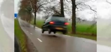 Politie pakt bestuurder van 'roekeloze' autostunt bij Oldenzaal