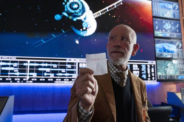 John Malkovich als doctor Adrian Mallory in Space Force. Beeld Netflix