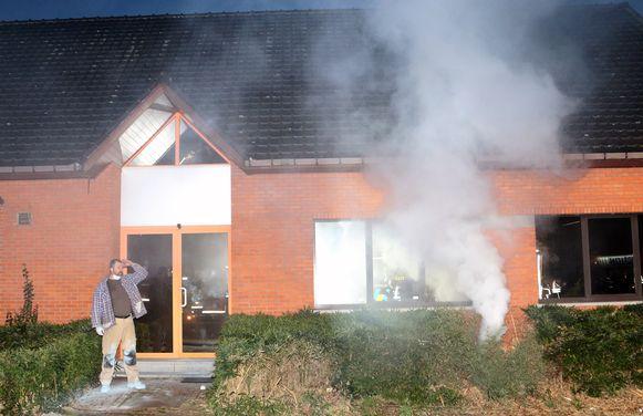 De brand begon in wat zogezegd een leegstand gebouw zou moeten zijn...