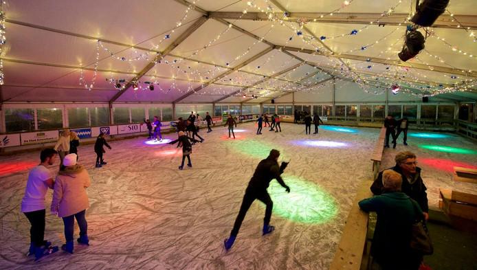 Van het budget voor de wijk Liendert werd 6000 euro besteed aan de ijsbaan op het Eemplein.