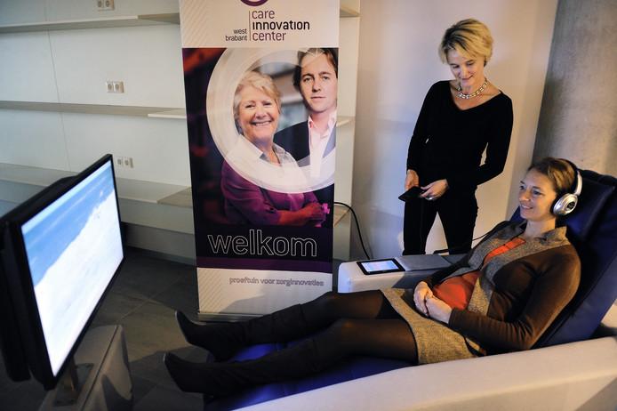 In 2014 demonstreerde CIC-directeur Chantal van Spaendonck de werking van een belevingsstoel in het Huis van Morgen. De gemeente Roosendaal wil financieel niet meer alleen opdraaien voor het Care Innovation Center.