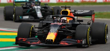 Klapband verpest knappe race Verstappen op Imola, record Mercedes na winst Hamilton