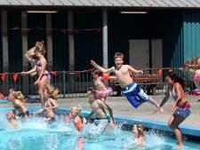 Zwembad Pernis mogelijk de hele zomer dicht vanwege nachtelijke insluipers: 'Dit is te gevaarlijk'