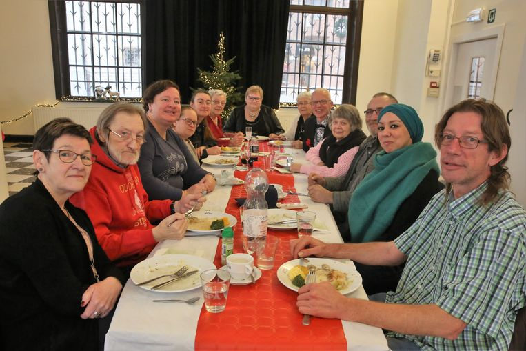 In de Oude Post konden de mensen genieten van een kerstmaaltijd.