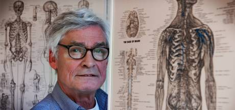 Manueel therapeut Harry hielp 'duizenden patiënten', maar na 42 jaar moet hij nu écht stoppen