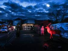 Massaal aan de oliebollen in de Liemers: 'We hebben de contanten hard nodig'
