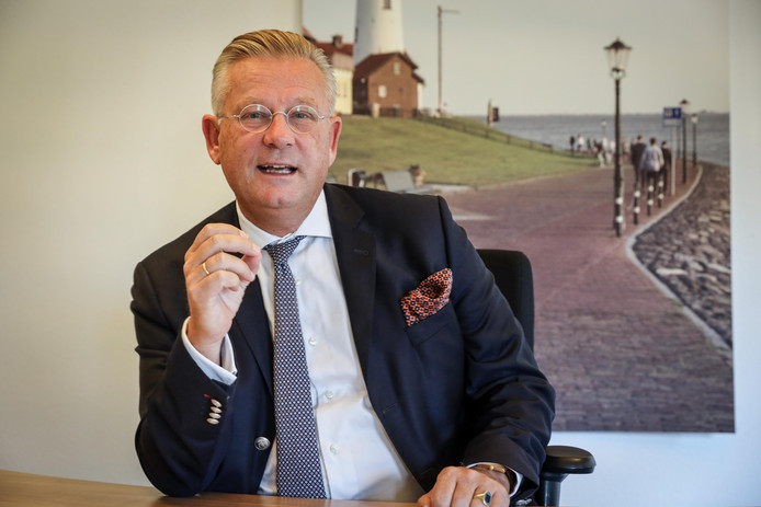 Burgemeester Pieter van Maaren